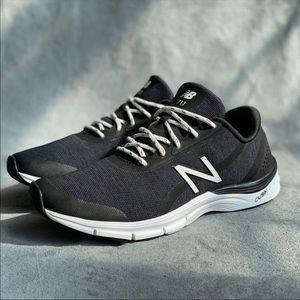 New balance black & navy 711 Cush+ EUC